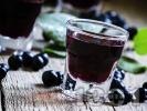 Рецепта Домашен сироп от арония